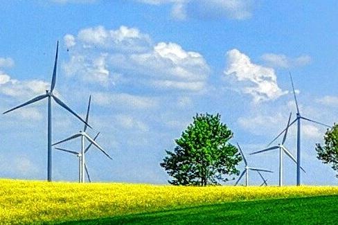 """حقل الرياح  في الجولان: """"هديّة من الله لاقتصاد السكان المحليين"""""""